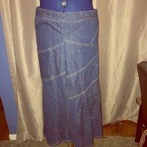Baccini size 12 long jeans skirt